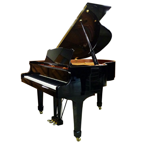 Pre Owned Yamaha C1 Pianos